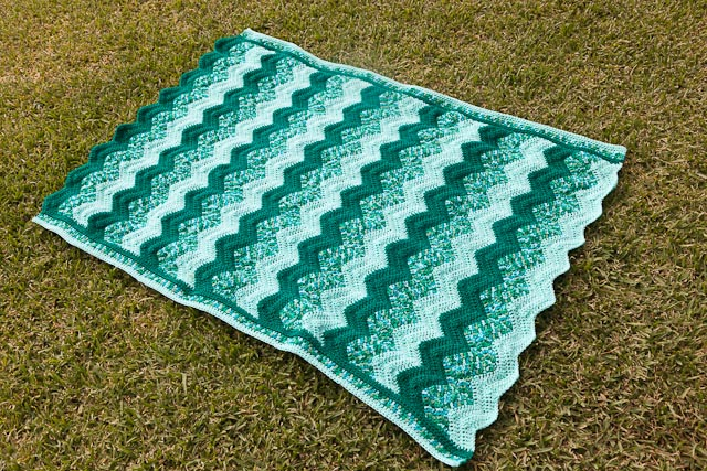 Green ripple crochet blanket finished! - Cassandra Madge
