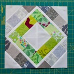 Trellis Crossroads Modern Bee Block Tutorial