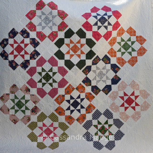 Dozen Roses Quilt - Live Love Sew Pattern Co