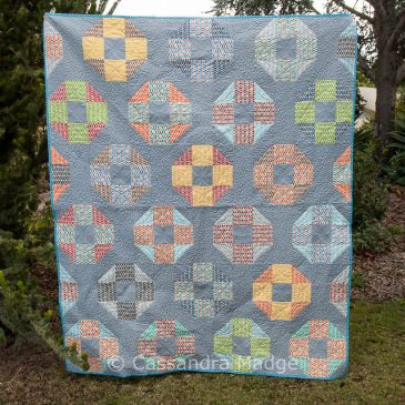 Pezzy quilt for Jett – 2016 Finish